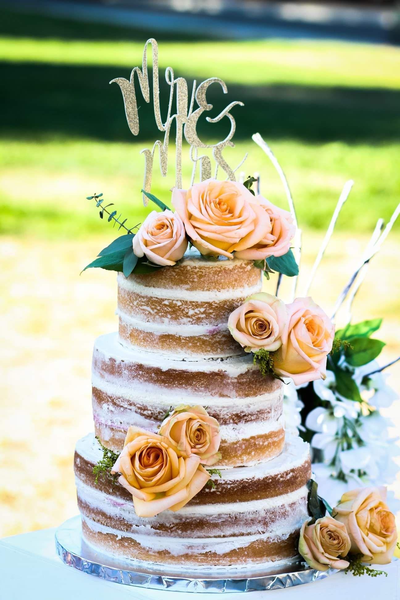 White Almond Wedding Cake Recipe in 2020 Wedding cake