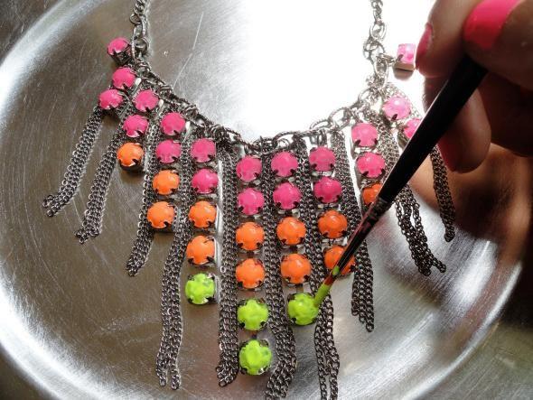 Diy jewelry diy neon necklace do it yourself pinterest neon diy jewelry diy neon necklace solutioingenieria Gallery