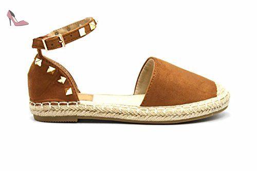 9edcff3353056 ... My Shop par Que Chaussures. SHP126   Espadrilles Effet Daim Camel avec  Bride Cheville, Clous Pyramide Métal Doré et Semelle
