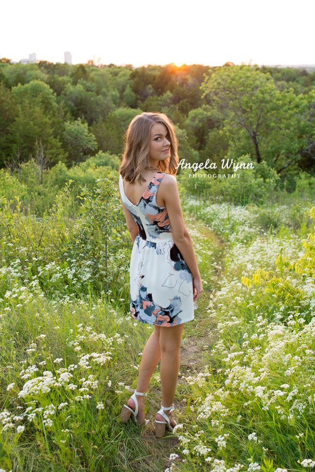 Dfw Fort Worth North Texas Aledo Senior Photographer Senior Photography Best Senior Portra Photography Poses Women Girl Photography Poses Senior Portraits Girl
