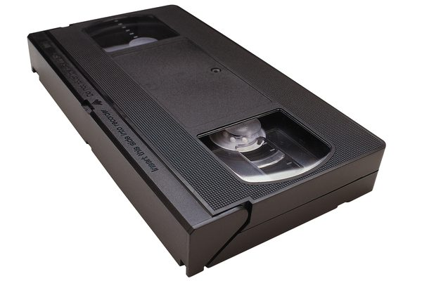 While Your Vhs Video Tapes Won T Look As Good On Dvd As Digitally Recorded Originals You Can Make The Transfer So You Can Watch Your Home M Vhs To Dvd Vhs