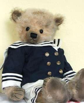 Heiner by By Rita Diesing......I soooooo love this bear !! Wish he was mine !