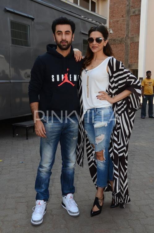 Tamasha Promotions Deepika And Ranbir Make A Handsome Couple Deepika Padukone Ranbir Kapoor Indian Wear