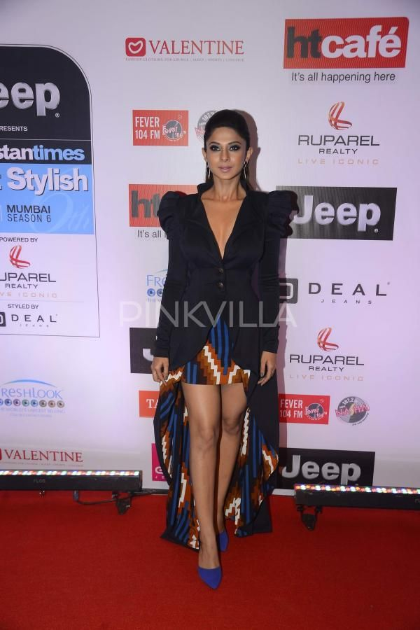 Jennifer Winget Looks Breathtaking At The Ht Most Stylish Awards Jennifer Winget Stylish Designer Saree Blouse Patterns