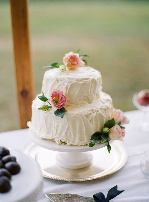 Homemade Wedding Cake.3 Reasons You Shouldn T Diy Your Wedding 2nd Marriage Small And