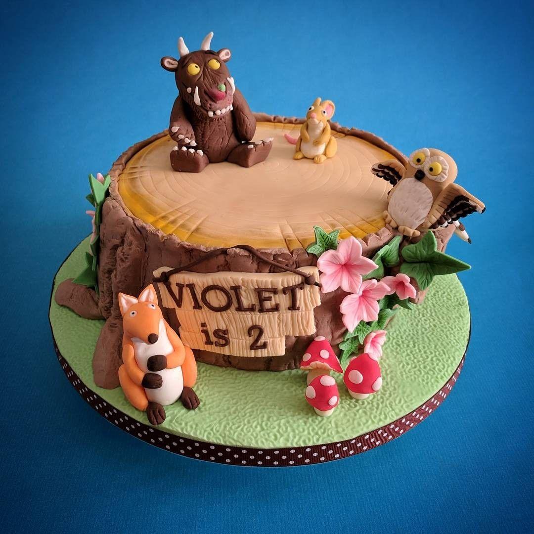 Gruffalo cake on a tree stump tree stump cake jungle