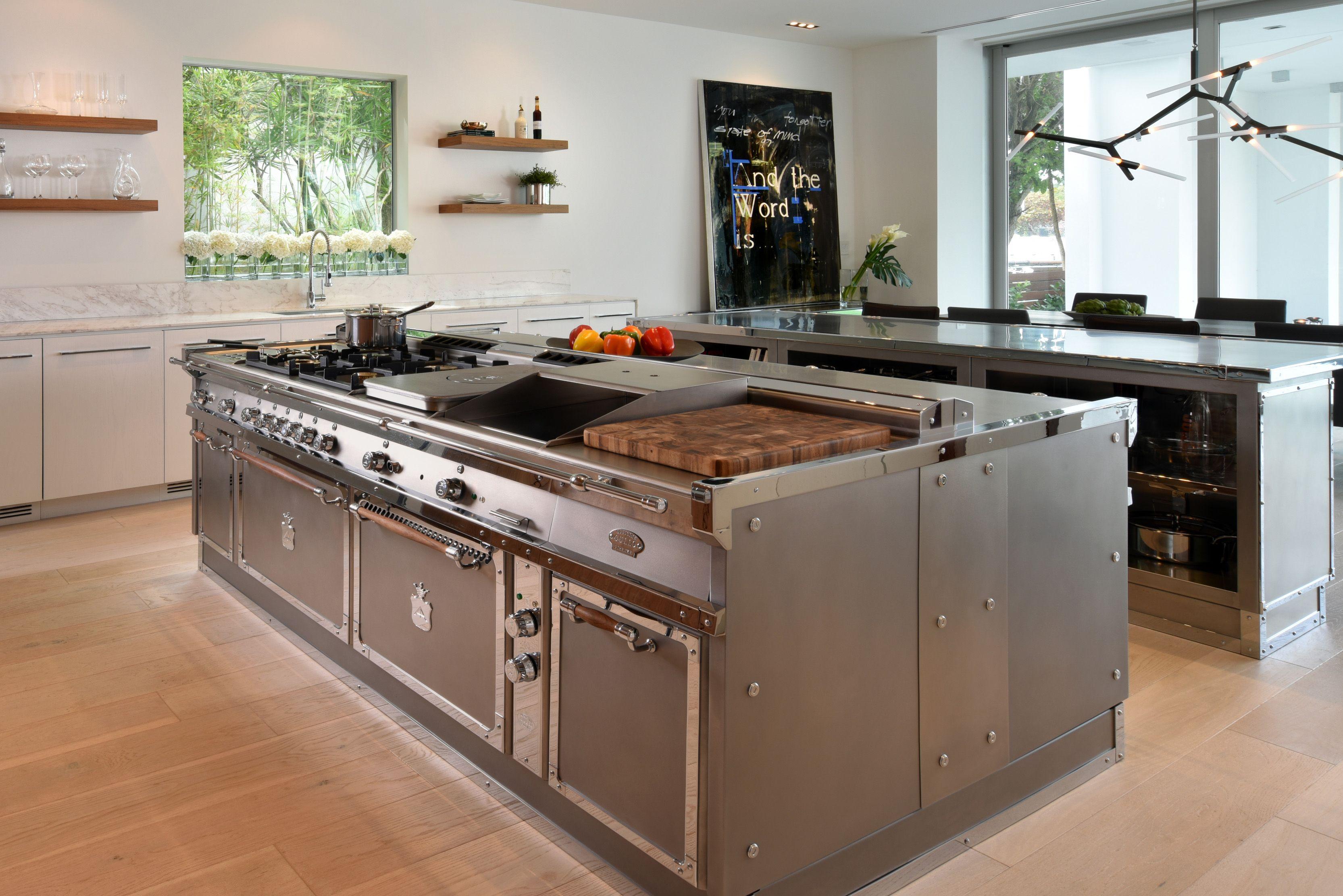 Pin Von Dave Auf Keuken Weisse Kucheninsel Kuchendesign Kleine Kuchenschranke
