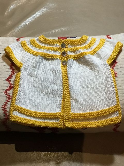 1be4e9129 in threes  a baby cardigan pattern by Kelly Herdrich
