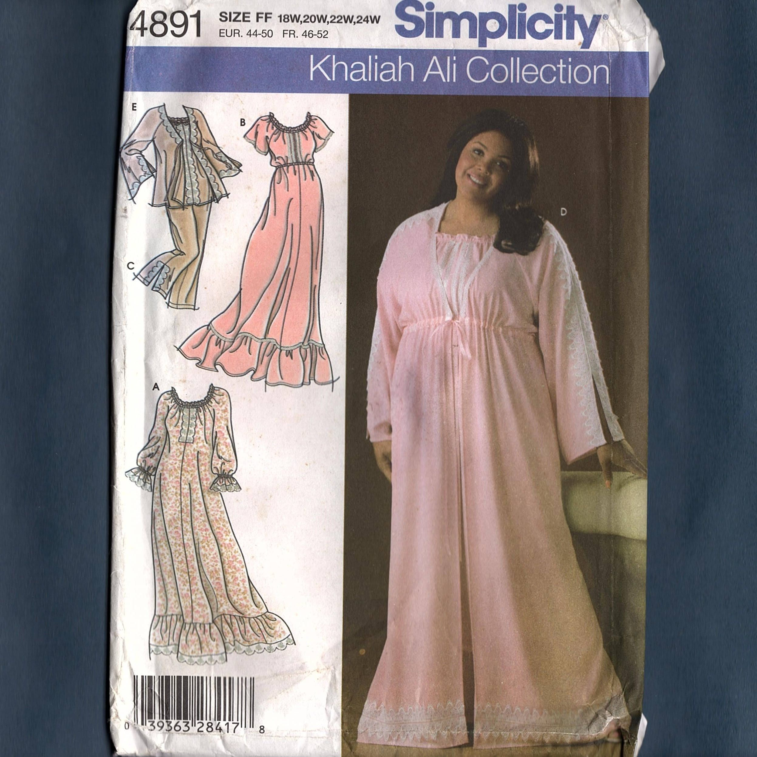 Simplicity 4891 Misses\' Plus Size, Nightgown, Pajamas, Robe in Two ...