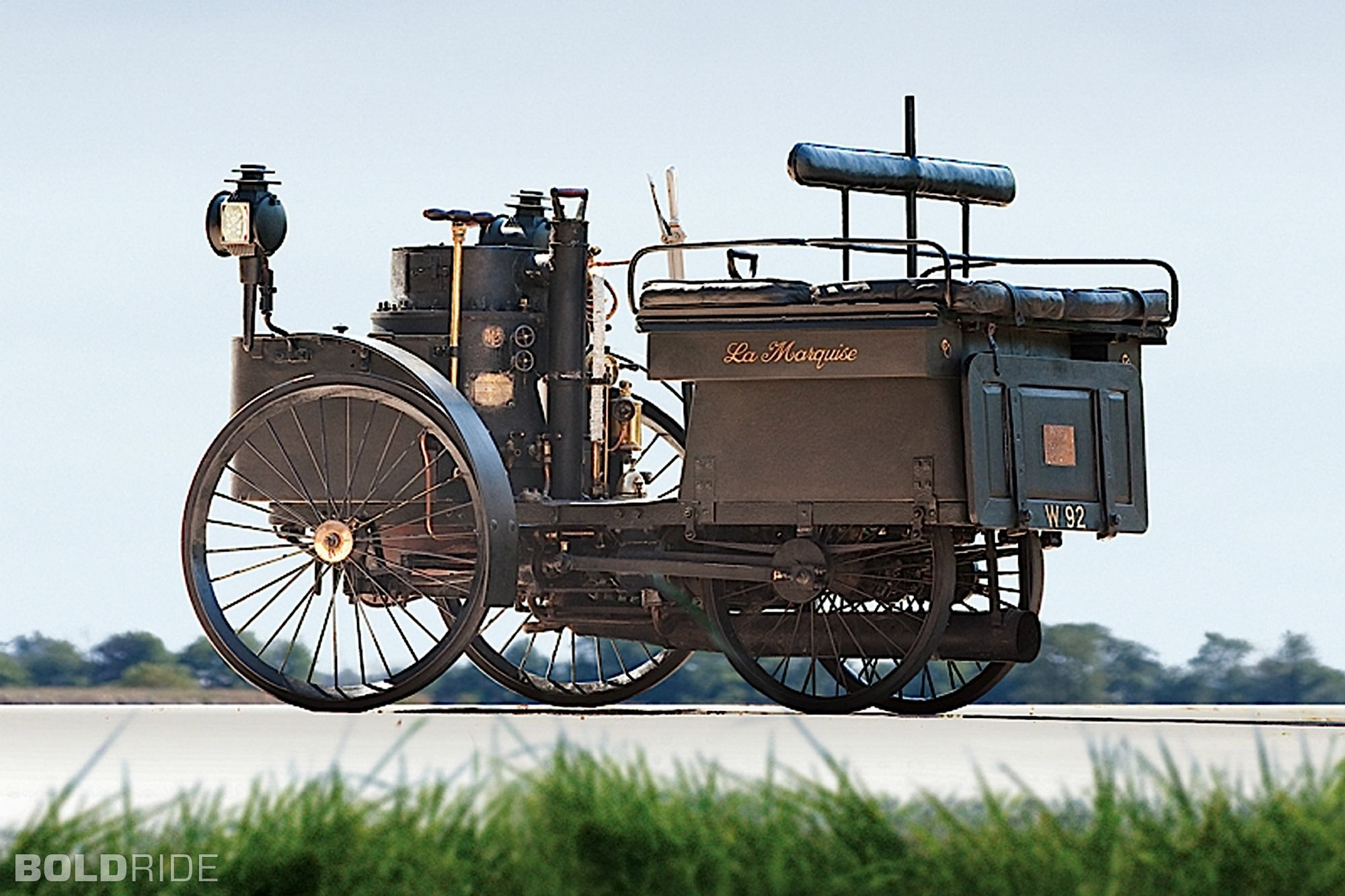 World S Oldest Car Sells For 4 6 Million Motor Vehicle Cars