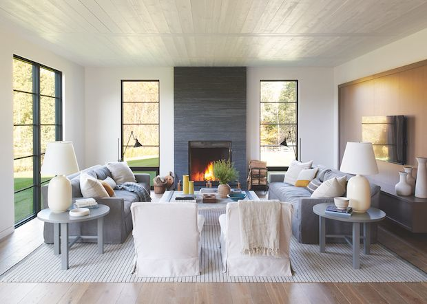 This Cozy Farmhouse Masters Modern Country Style