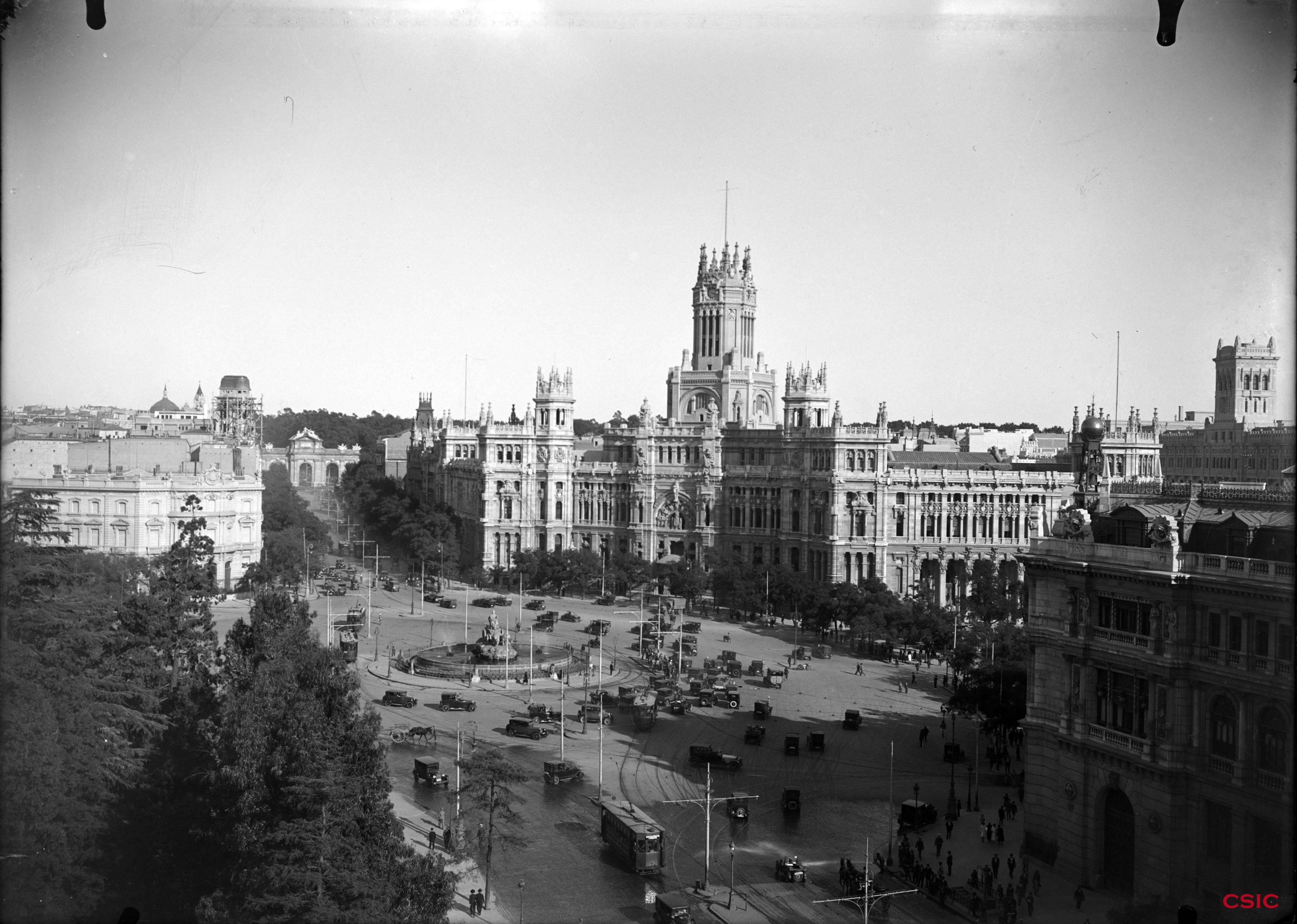 La Cibeles Y El Palacio De Comunicaciones Archivo Lladó