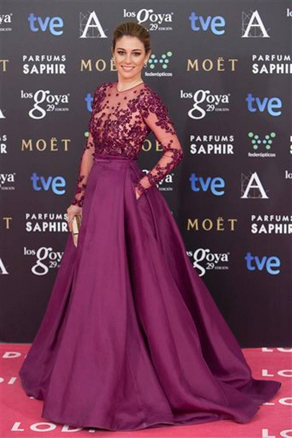 La actriz española Blanca Suárez en la alfombra roja antes de la ...