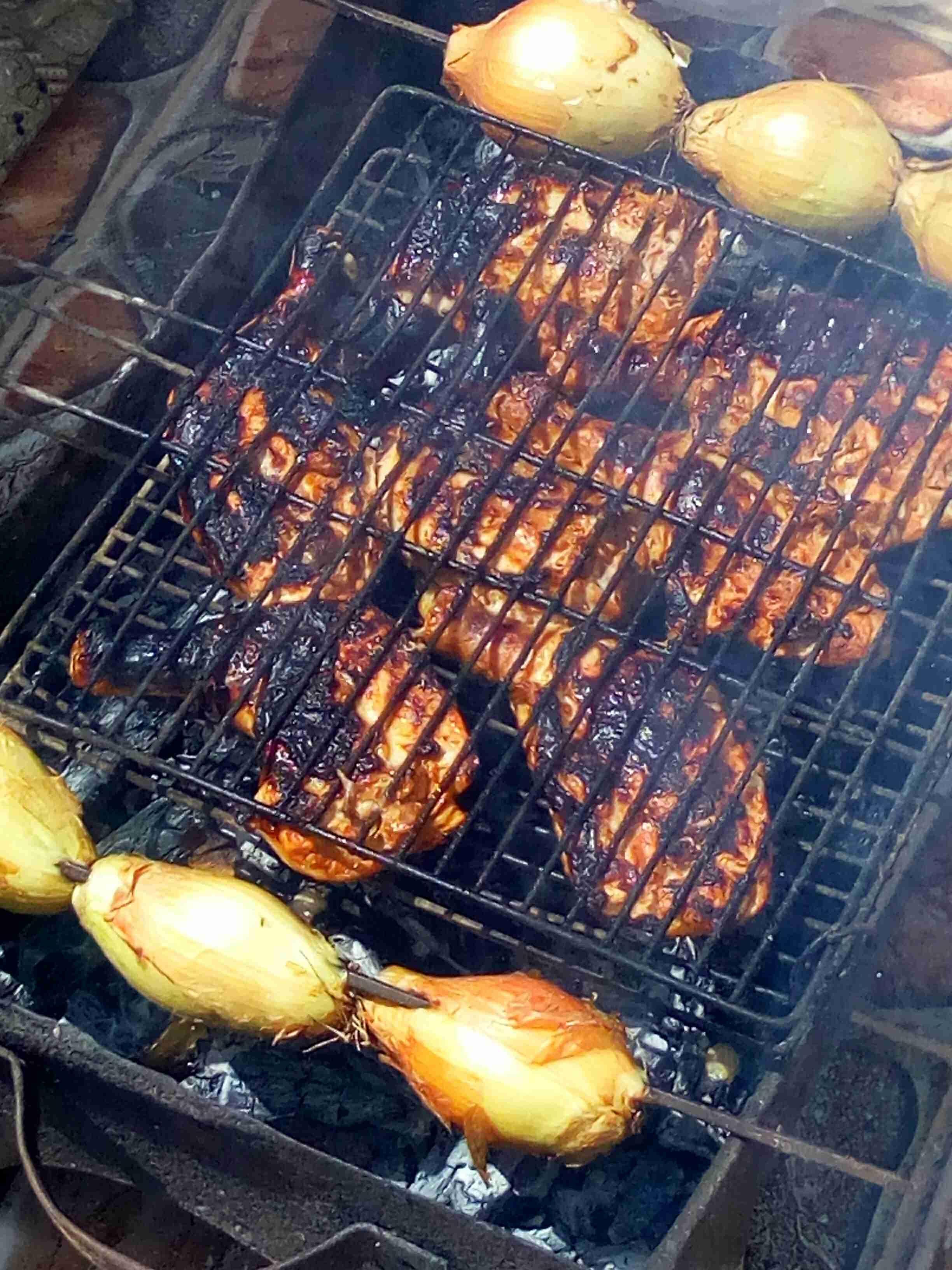 أفخاذ دجاج مشوي على الحطب بتتبيلة زاكية على ذوقي زاكي Recipe Meat Jerky Main Dishes Food