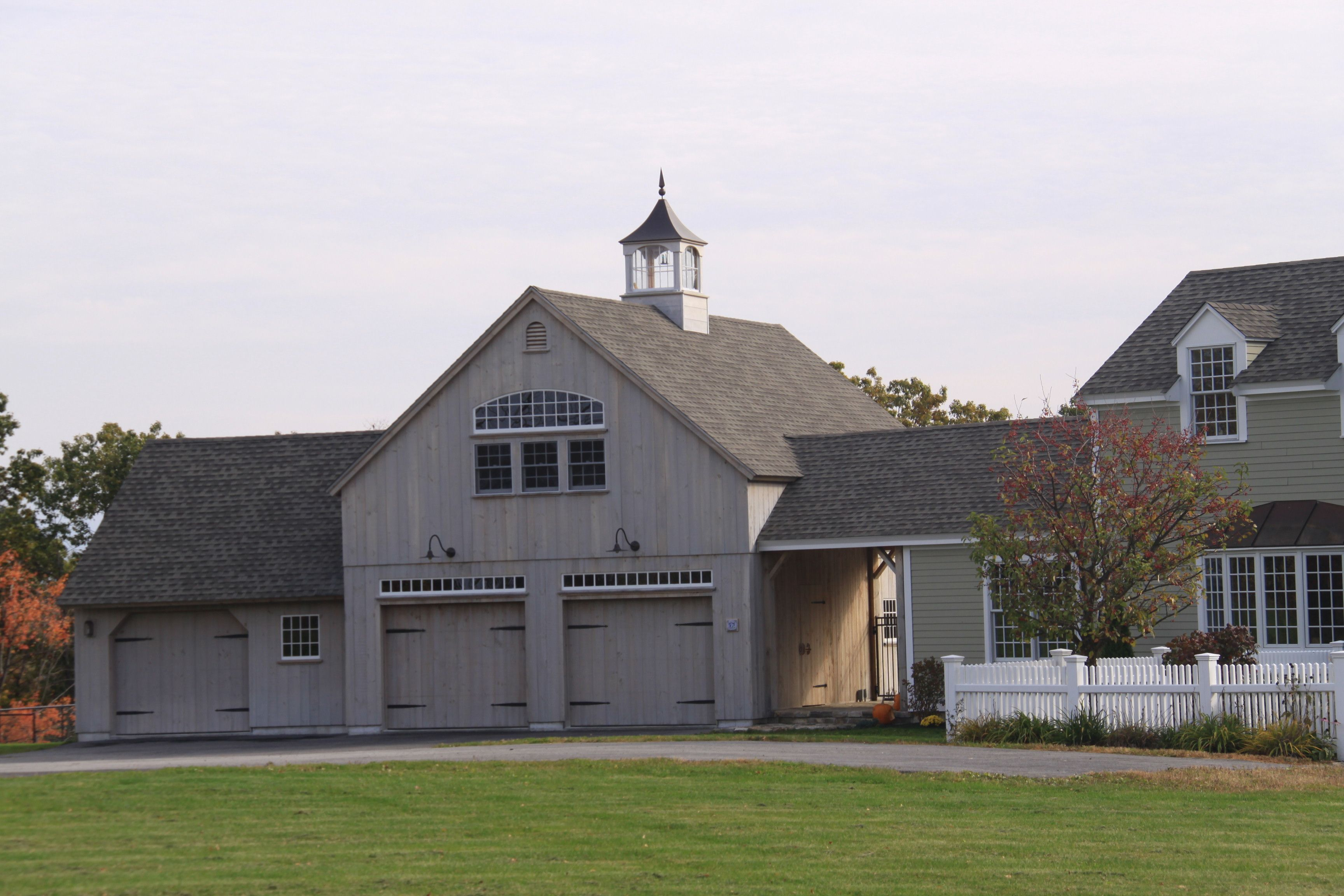 Our 24\'x 36\' 1-1/2 Story Barn with attached 22\'x 18\' Carriage House ...
