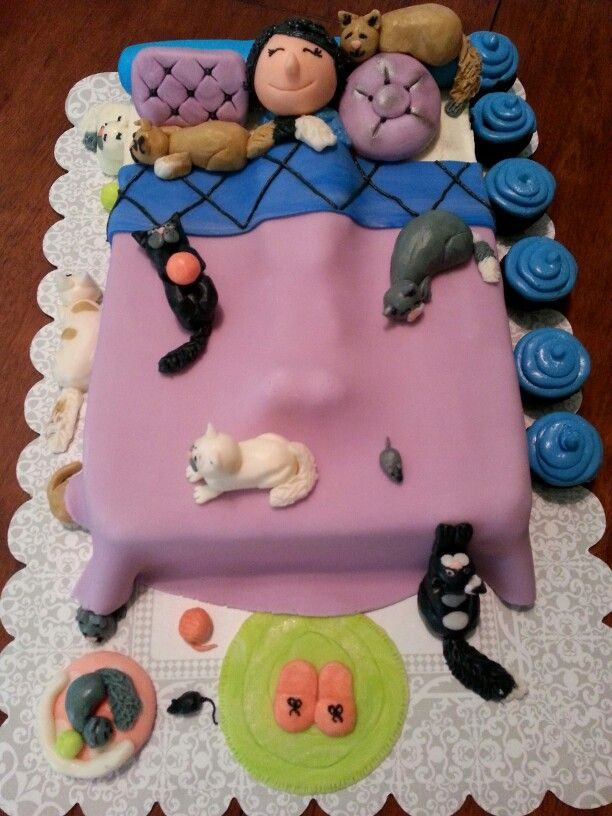 Surprising The Crazy Cat Lady Cake With Images Crazy Cat Lady Cake Cat Funny Birthday Cards Online Elaedamsfinfo