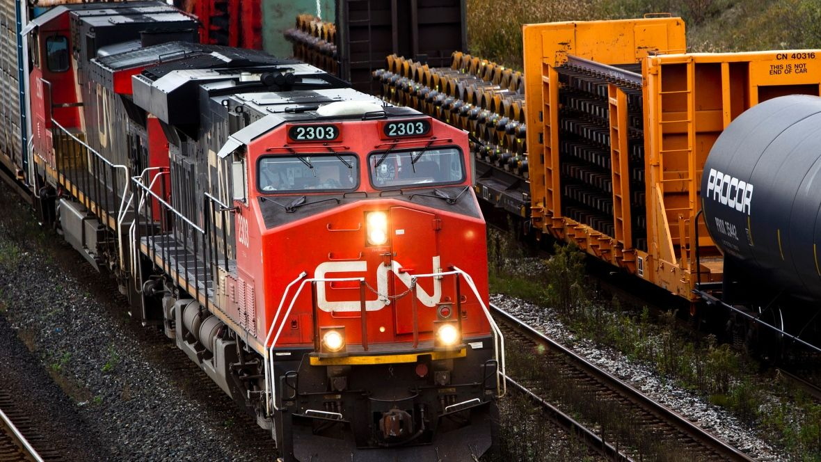 Runaway CN train carrying dangerous goods pulled 5 km out