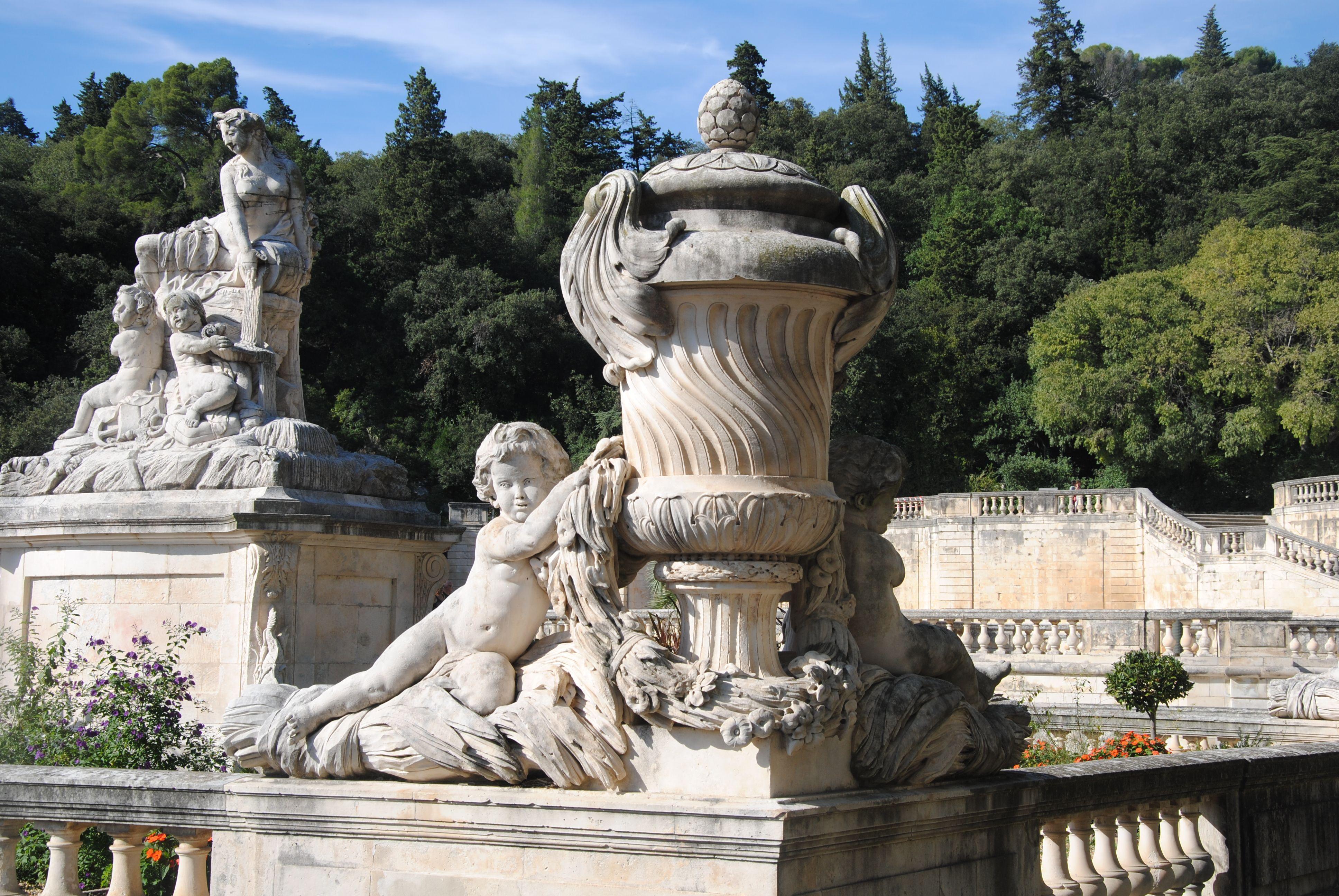 Accueil Nimes France Ville France Jardins De La Fontaine