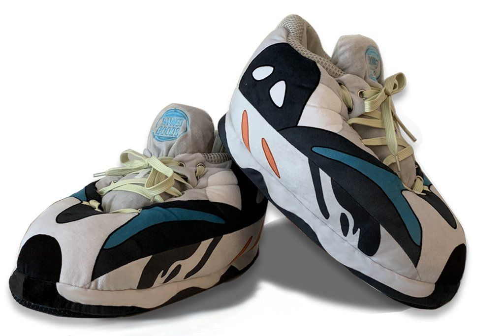 WAVE in 2020 | Fluffy shoes, Sneaker