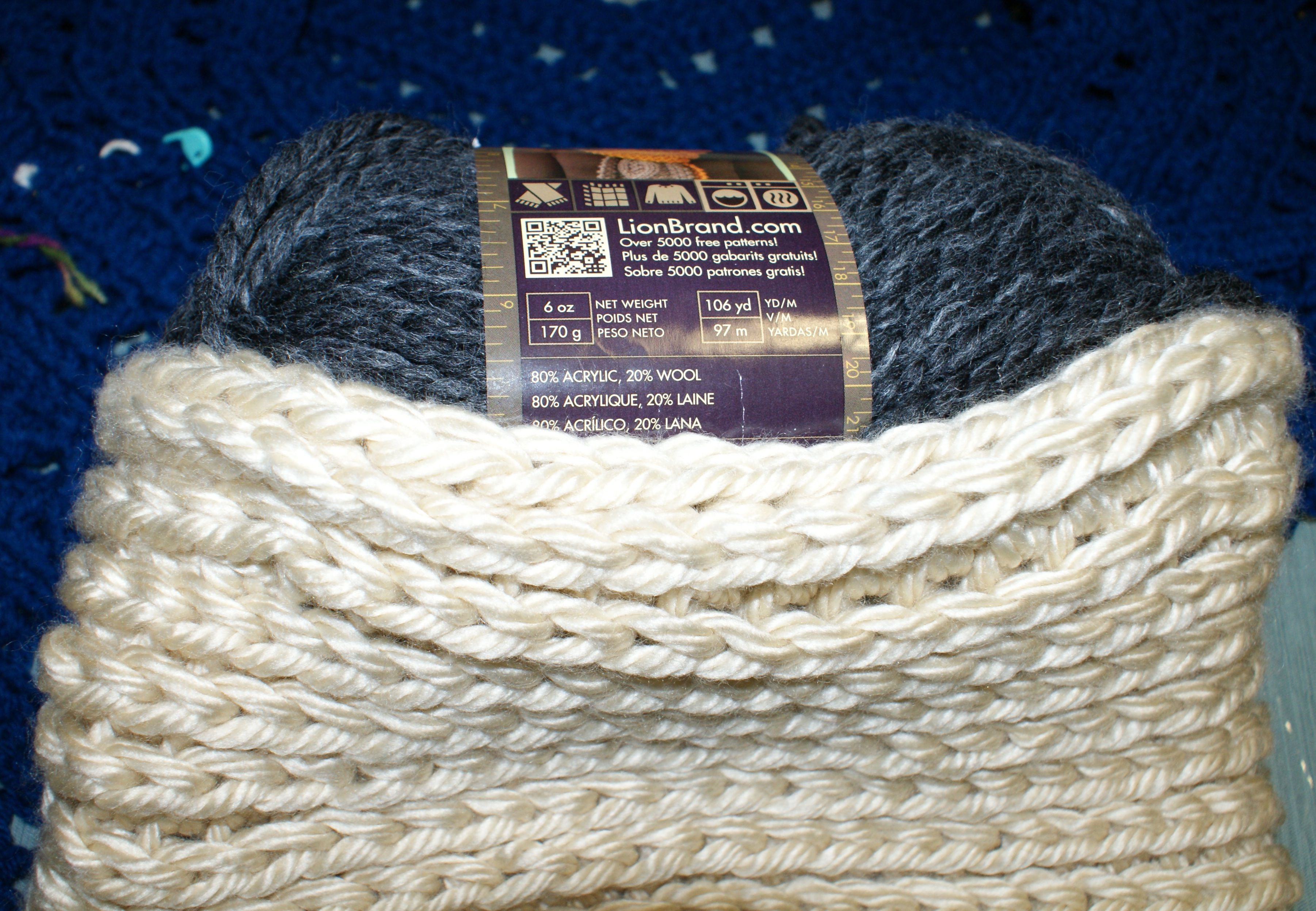 This is my personal crochet cowl in Lion Brand Hometown 100% Acrylic ...