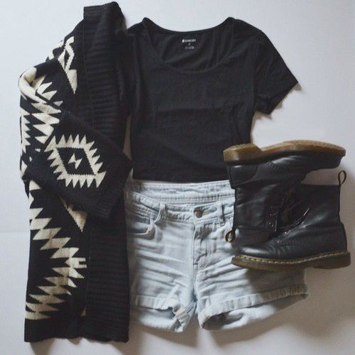 Teenage Fashion Blog: Love This Boots # Sweater