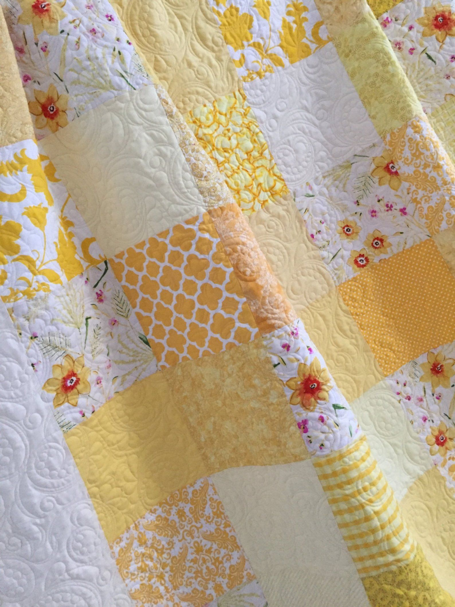 King Patchwork Quilt With Floral Fabrics King Size Custom Wedding Heirloom Bed Quilt Patchwork Quilts Quilt Bedding Baby Girl Quilts
