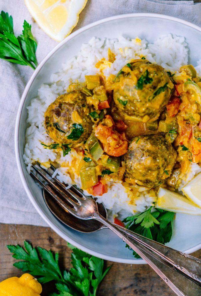 Einfache Linsenbällchen in Paprika Curry Sauce (vegan) #seafoodstew