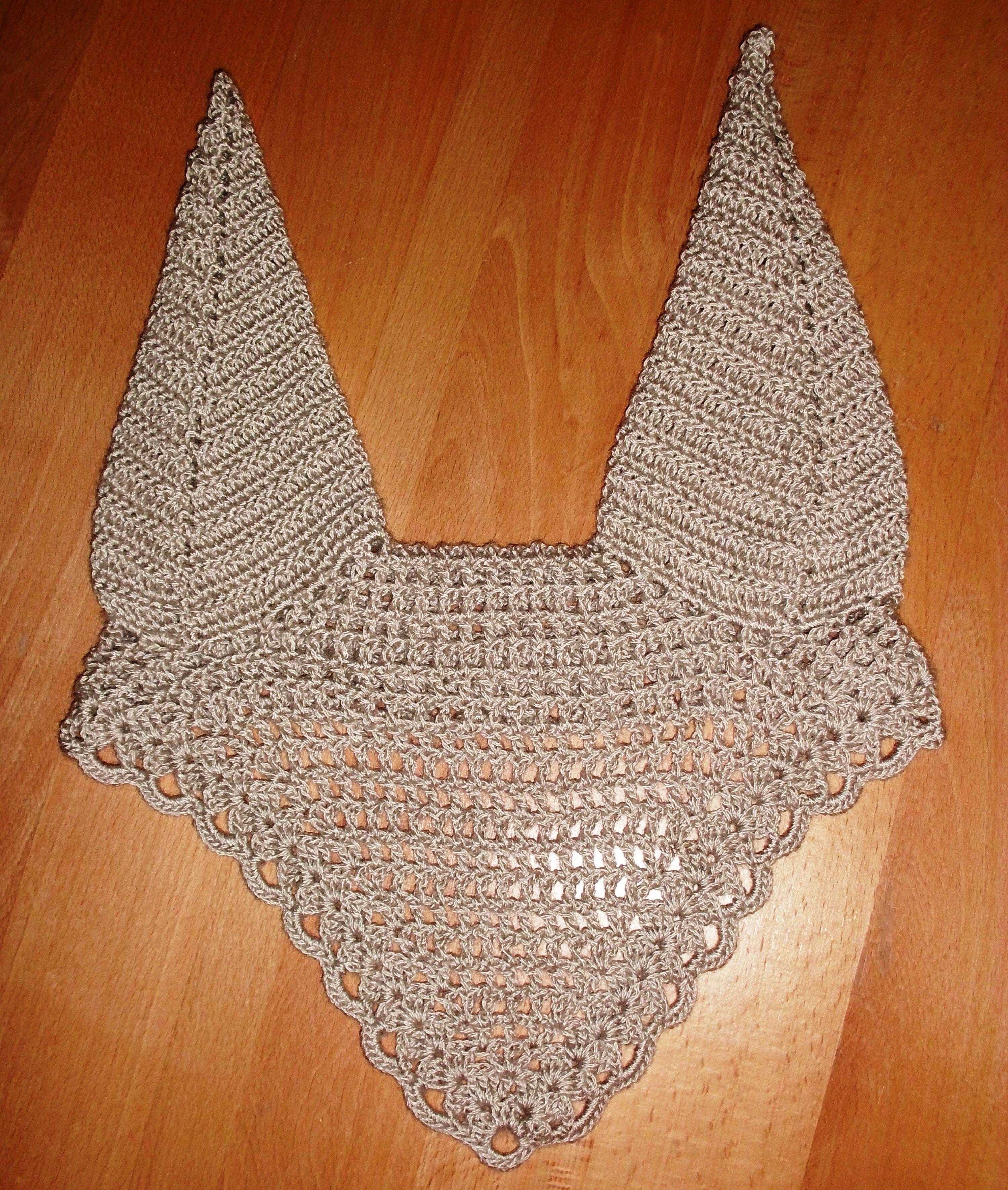 Horse Bonnet - Horse ear nets - Fly mask Crochet pattern http://www.rucniprace.websnadno.cz/
