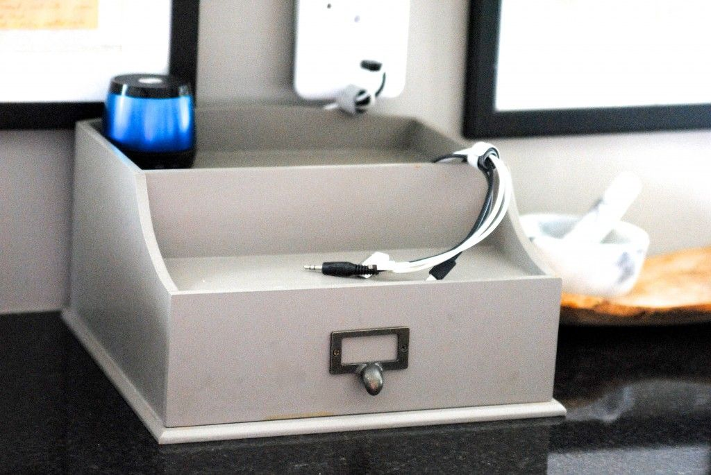 5-Second Cord Organizing Solution {Organize Everything}