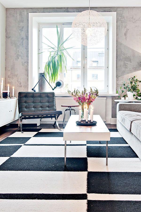 Houd je van een Scandinavisch interieur met industriële touch? Dan is deze binnenkijker op Woonguide zeker de moeite waard!
