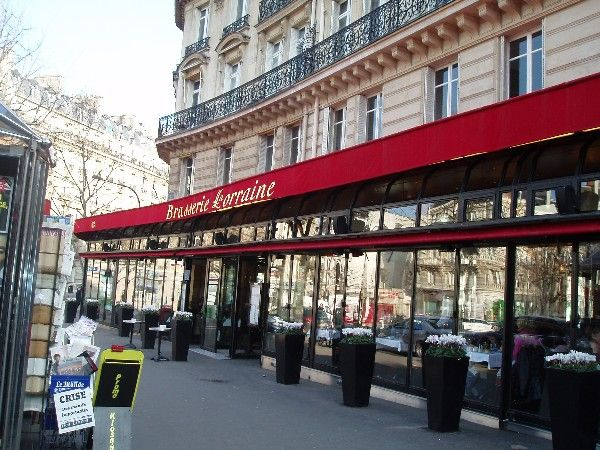 Brasserie Lorraine at the the Place des Ternes