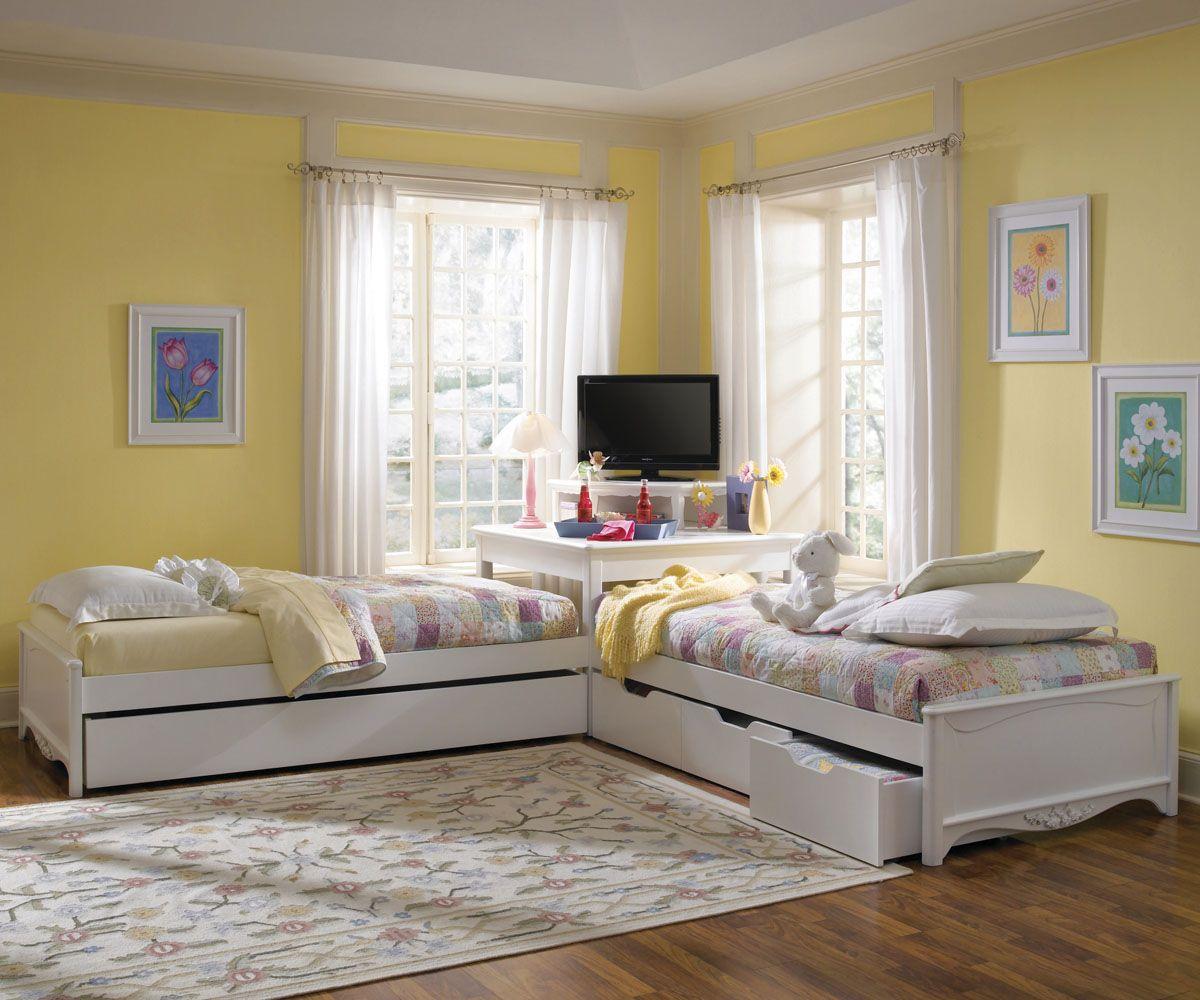 Footboard Corner Twin Beds Bed In Corner Home