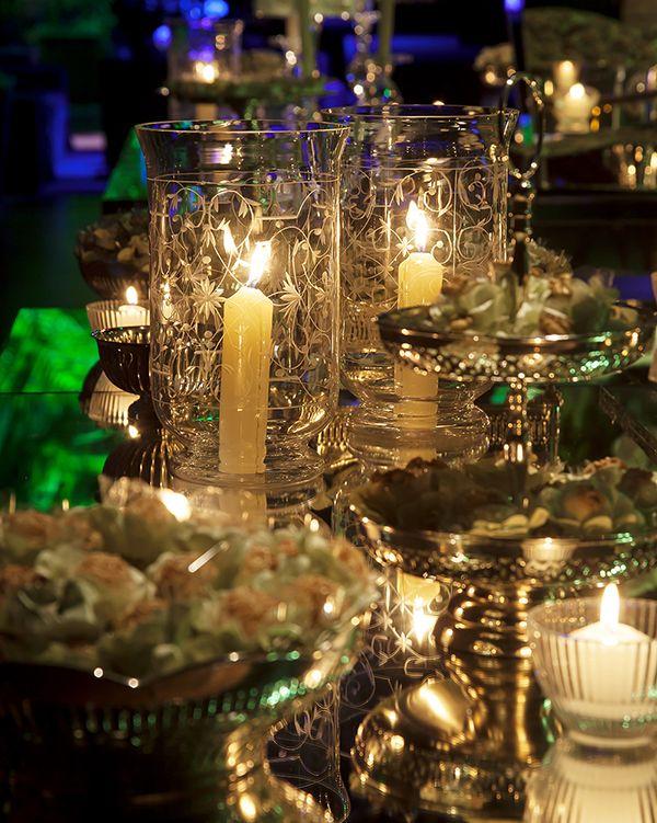 Decoração de casamento em verde e branco no Hotel Unique - Constance Zahn | Casamentos