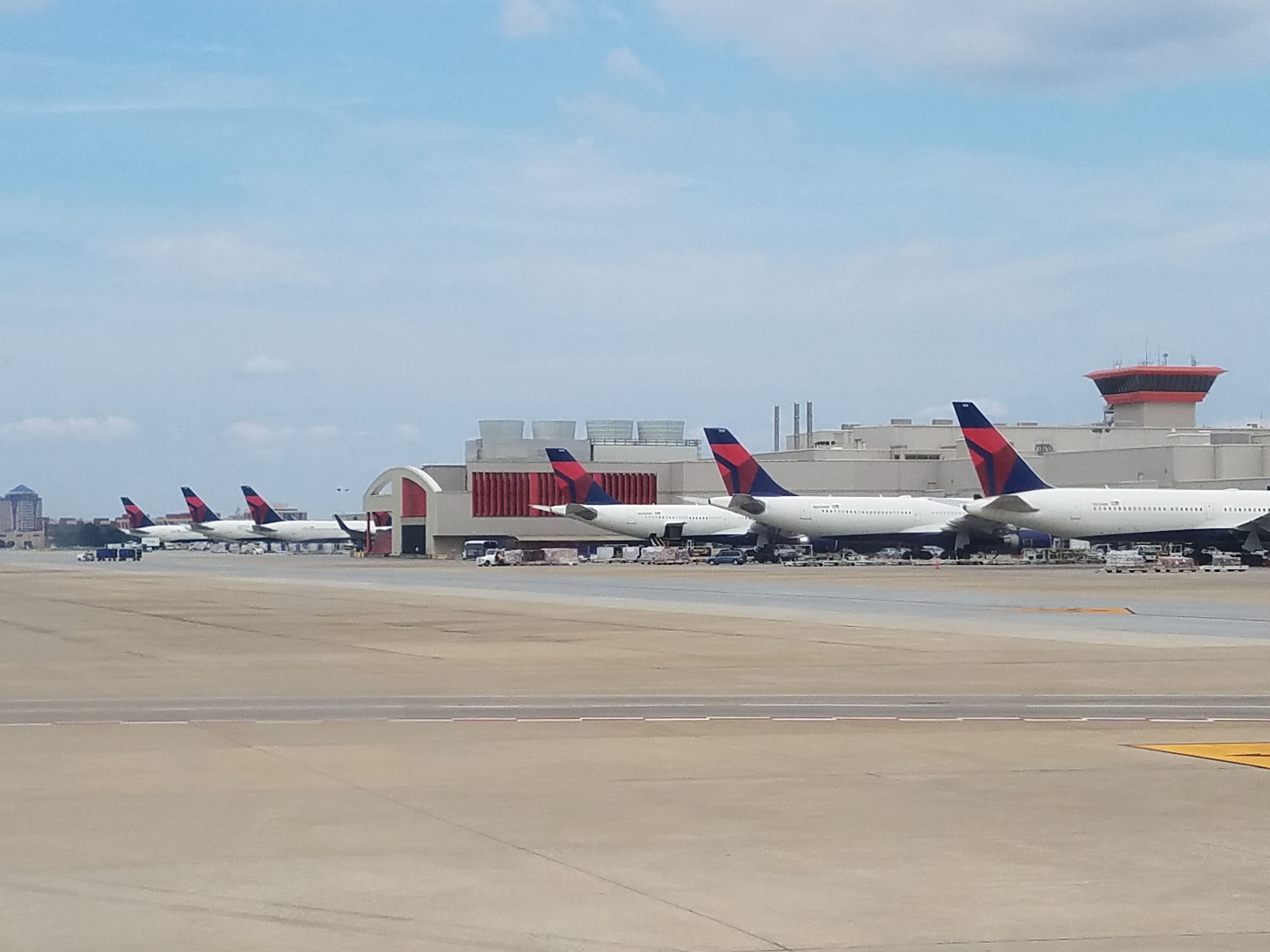 Delta, Air France and KLM Introducing Checked Bag Fees on