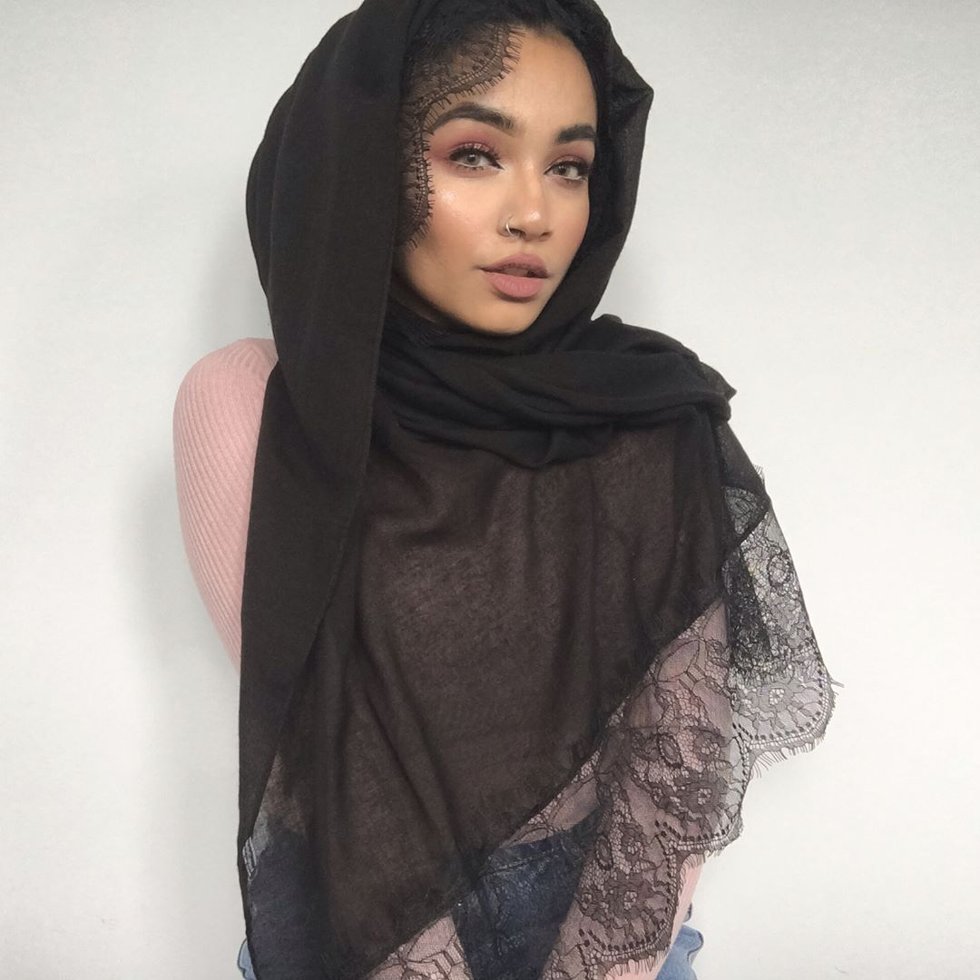 Hijab Fashion | Nuriyah O. Martinez | @begum_sham