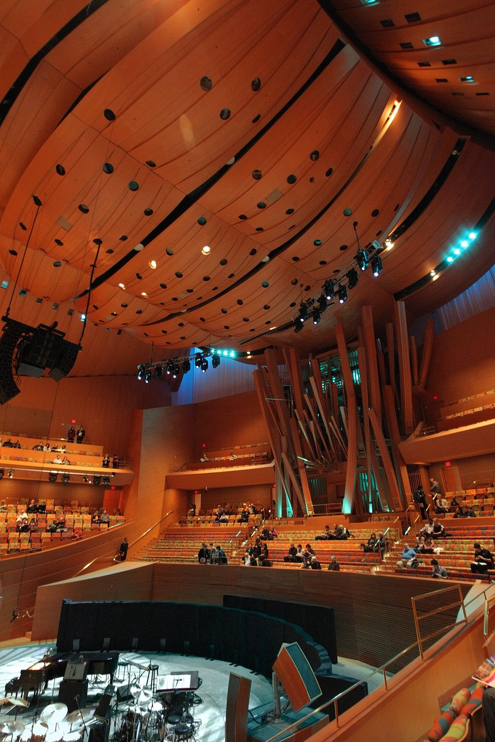 Walt disney concert hall los angeles california by bill - Interior design school los angeles ...