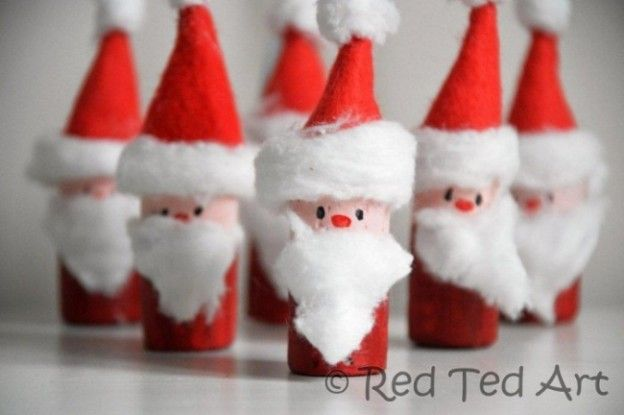 25 Christmas Decorations Made With Recycled Materials Christmas Crafts Diy Christmas Ornaments Homemade Cork Crafts Christmas