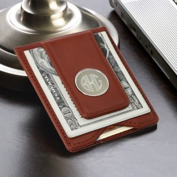 Personalized Brown Leather Wallet and Magnetic Money Clip includes soft strong leather with fine stitching, an outer money clip with convenient magnetic closure, an interior pocket with a thumb tab cutout to easily remove your cards. #money #clip #heartdeeds