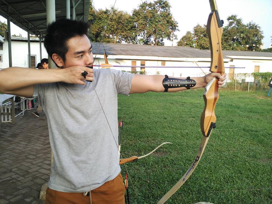 Focus then release Taken by #xiaomi #mi4i #jakarta #archer #archery #panah #weekend #arrow #sport #healthylife #health #healthy #hobby #happy #focus #fitlondoners by hanifmulki