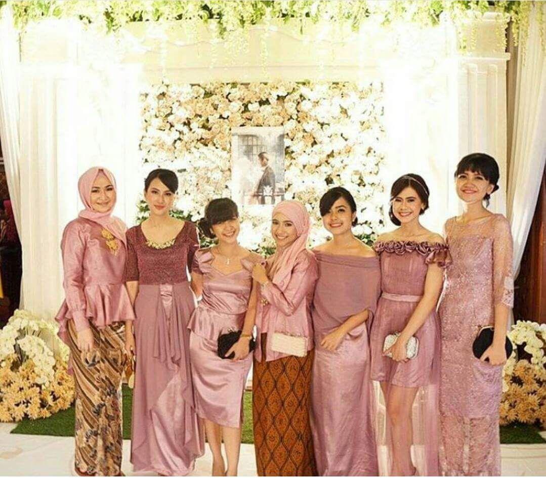 Model Kebaya Seragam Trend 8 Pernikahan Acara Keluarga Pesta
