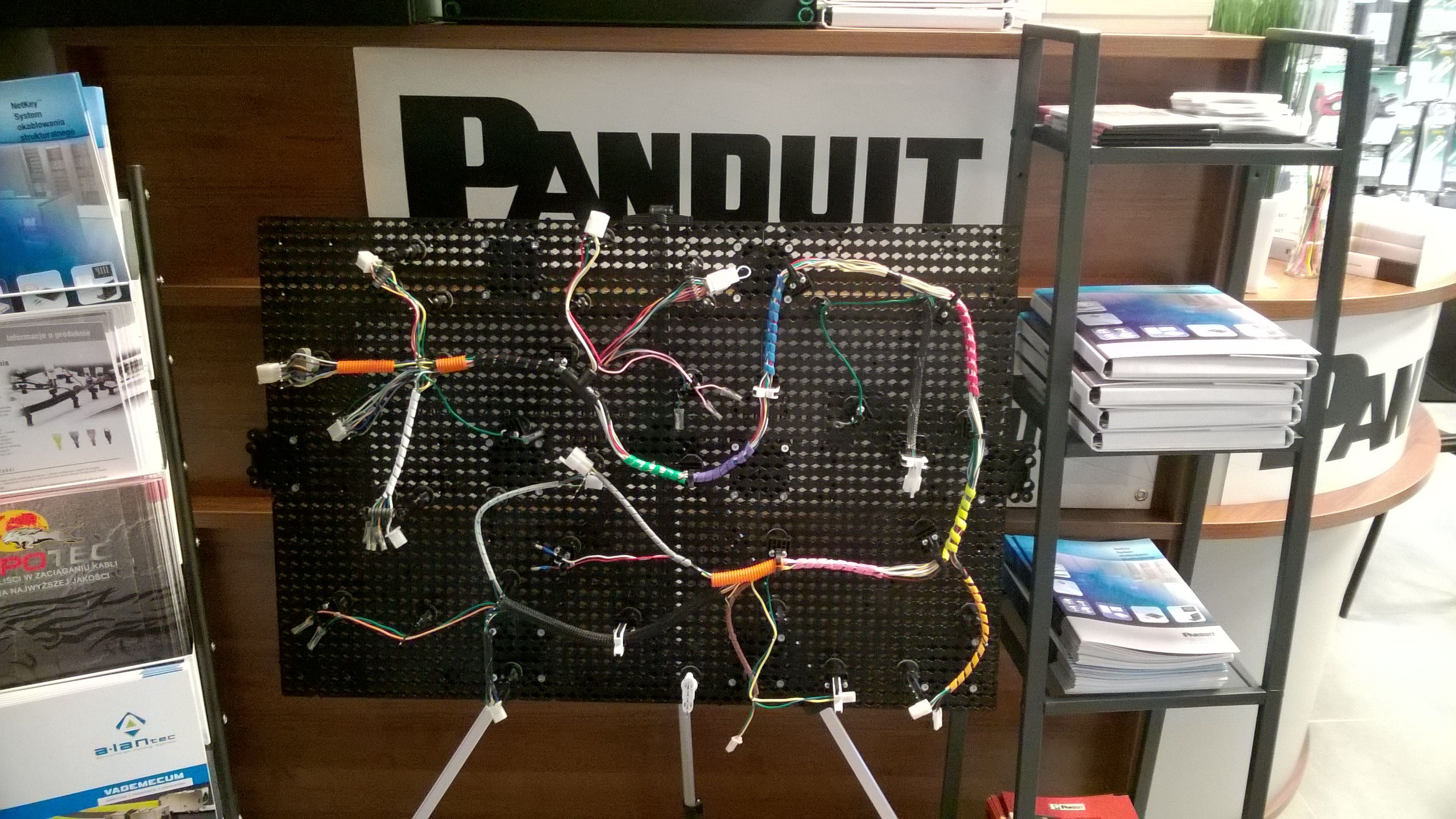 small resolution of  panduit quick build system wire harness board my foto https www