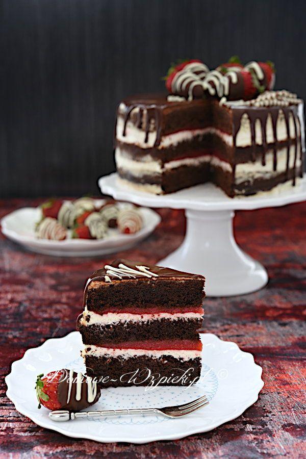 Tort czekoladowy z truskawkami i mascarpone - prze