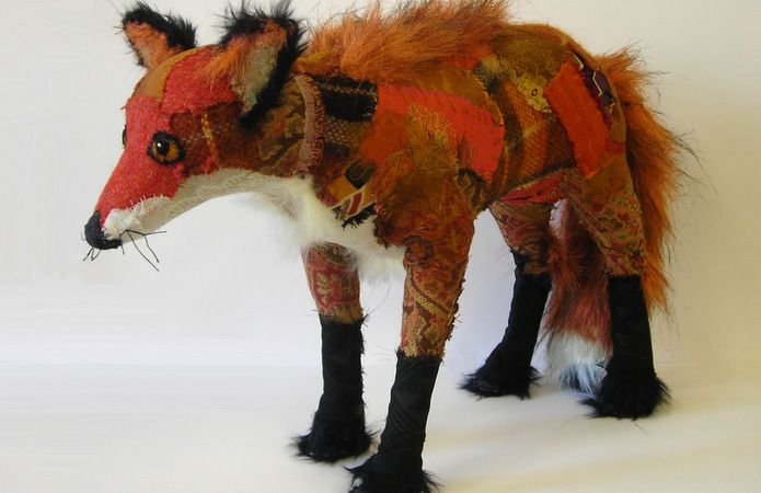 What a scabby looking fox!!