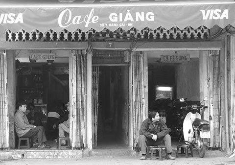 Đi tìm một Hà Nội cũ từ những quán cà phê độc đáo