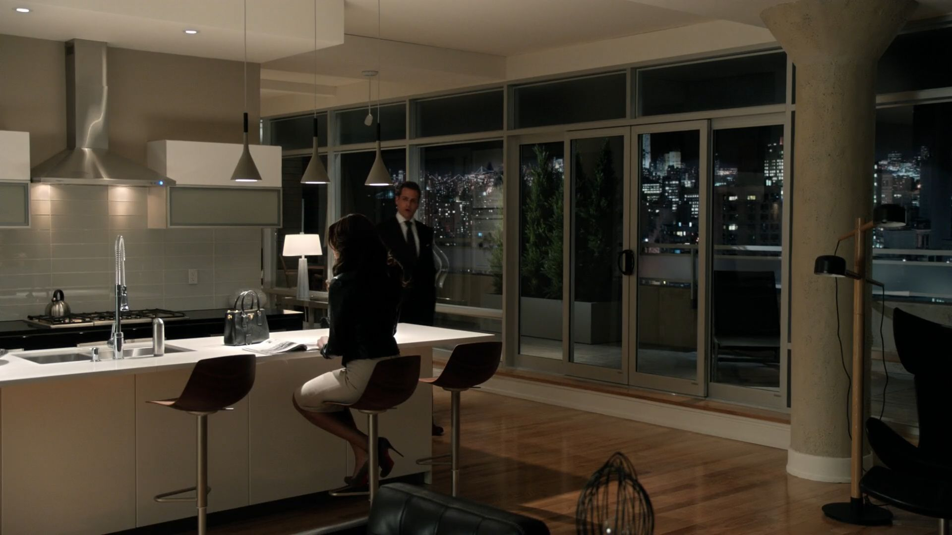 Harvey Specters Apartment Suits Aplomb Home