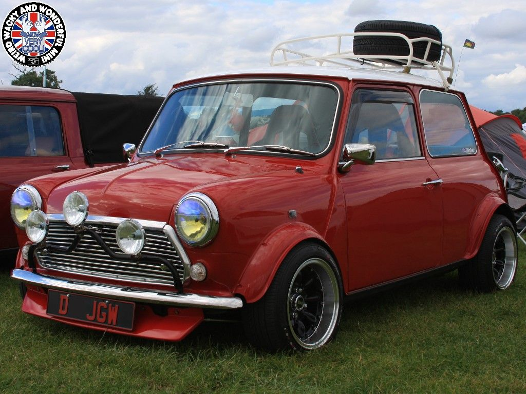 HAPPY HUMP DAY MINIACS!  We get the Wide Arched Wednesday wheels rolling with an absolute beauty from the ranks at MITP! Have a great day folks