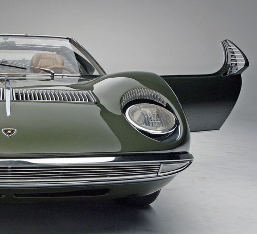 pinterest.com/fra411 #classic #car – 1968 Lamborghini Miura