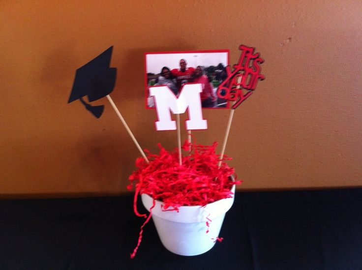 Diy graduation party centerpieces easy