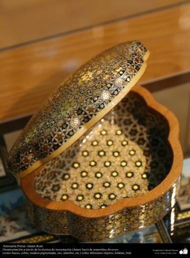 Artesanía Persa- Jatam Kari (Marquetería y Ornamentación de objetos) - 50