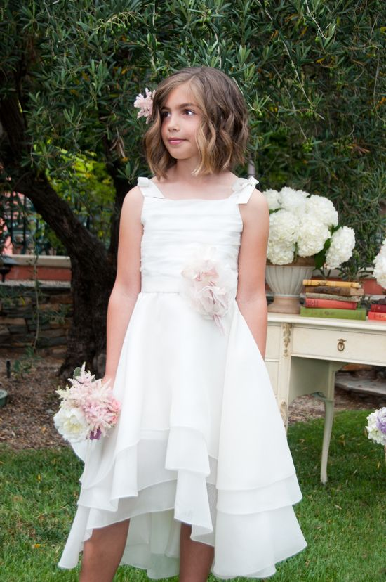 junior bridesmaid dresses~ like the style but in different color